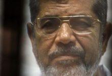 """""""بلادي إن جارت علي عزيزة"""".. من صاحب البيت الشعري الذي ختم به محمد مرسي حياته"""