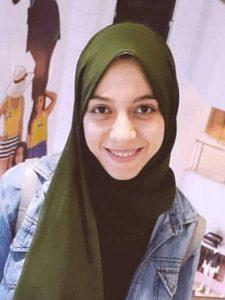 الكاتبة يارا إيهاب